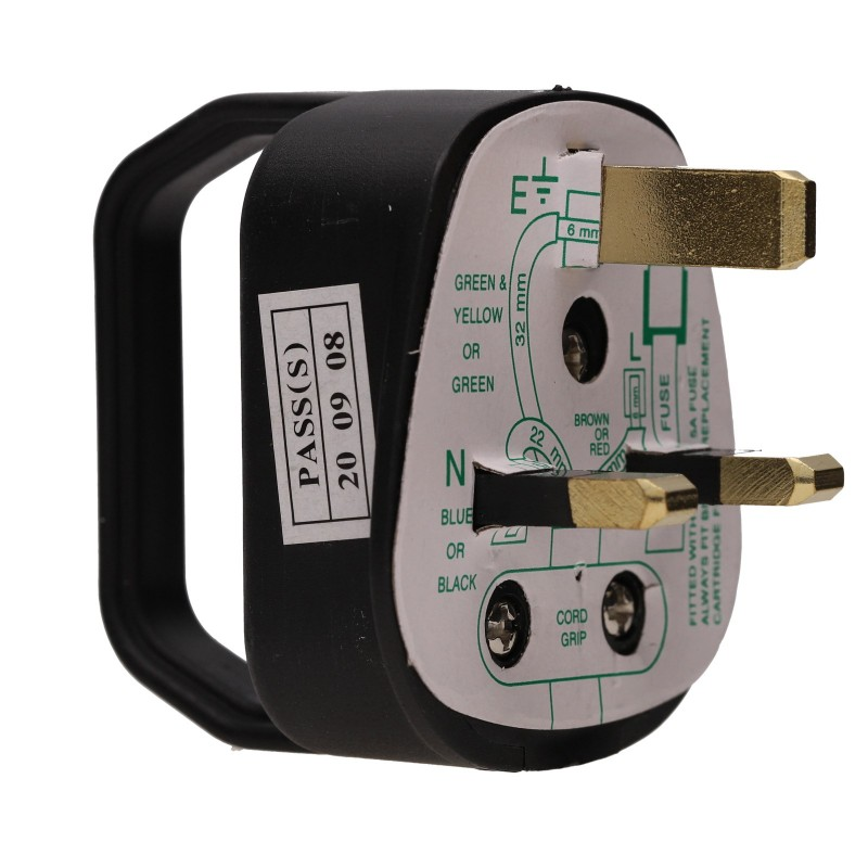 Easy Pull Rewireable 3 Pin UK Mains Plug Fitted with 5A Amp Fuse Black